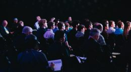 INFOGRAPHIC: 15 Tips to prep you for academic conferences