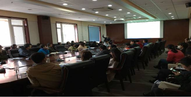 Editage conducts a seminar at DUT, Dalian in China
