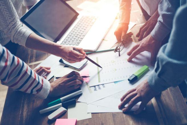A quick glimpse at collaborative peer review [Flowchart]