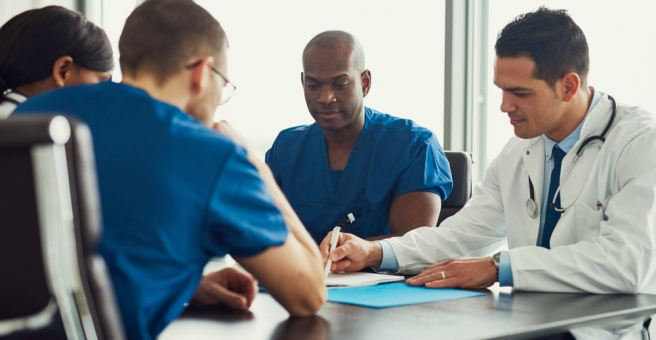 Physicians outperform app-based symptom checkers in diagnostic accuracy