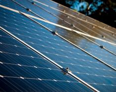 New nanomaterial developed to harness solar energy