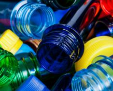 Researchers create renewable plastic