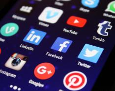 Social media dos and don'ts for journals, publishers, and societies