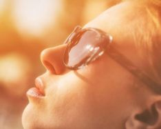 A research team has discovered that skin damage from ultraviolet radiation (UV) continues hours after sun exposure.